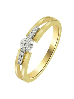 18ct Yellow Gold Solitaire Engagement with Three Stone each side shoulder