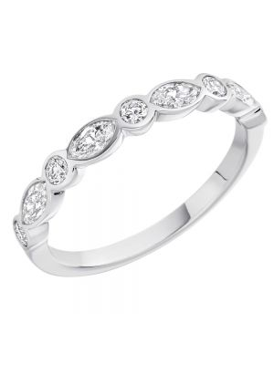 18ct Oval & Round Brilliant Diamond Set Wedding Band