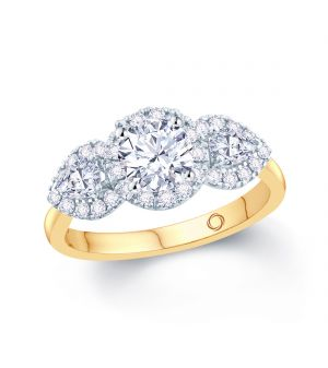 18ct yellow gold solitaire and pear shape diamond ring