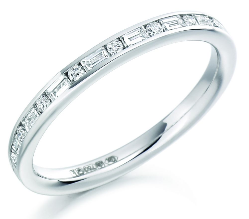 18ct white gold round brilliant & baguette diamond wedding band ...