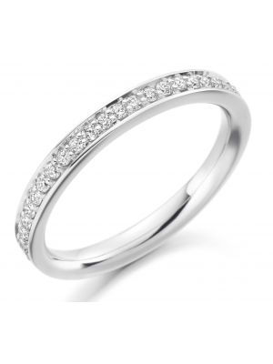 18ct white gold round brilliant diamond wedding band with vintage grain