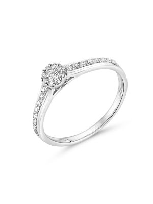 18ct white gold cluster style diamond engagement ring with diamonds on the shoulder